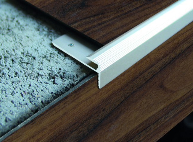 Schodová lišta ukončovací profil pro vinyl LINOFLEX Dural elox