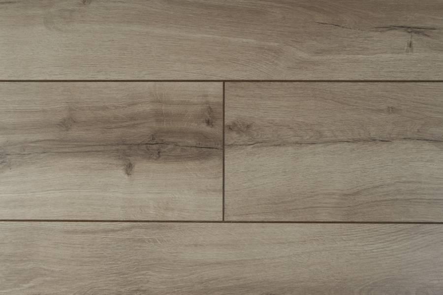 Laminátová plovoucí podlaha METAMORPHOSE Rezult DUB PESCARA