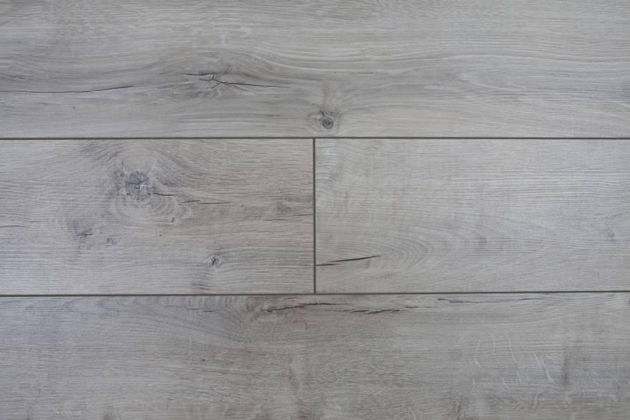 Laminátová plovoucí podlaha METAMORPHOSE Rezult DUB HUNGARO